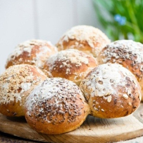 Granary Tare `n Share Party bread