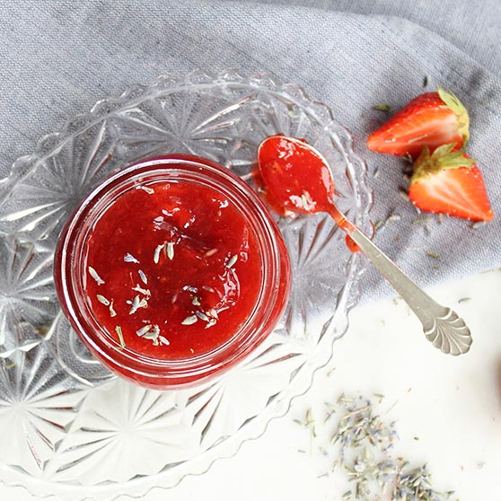 Spiced Strawberry Relish