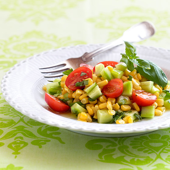 Tomato salad with sweetcorn